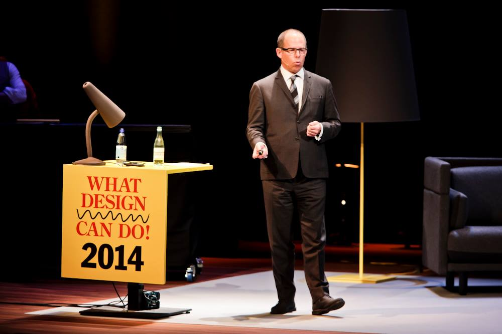 Michael Bierut op het What Design Can Do congres 2014