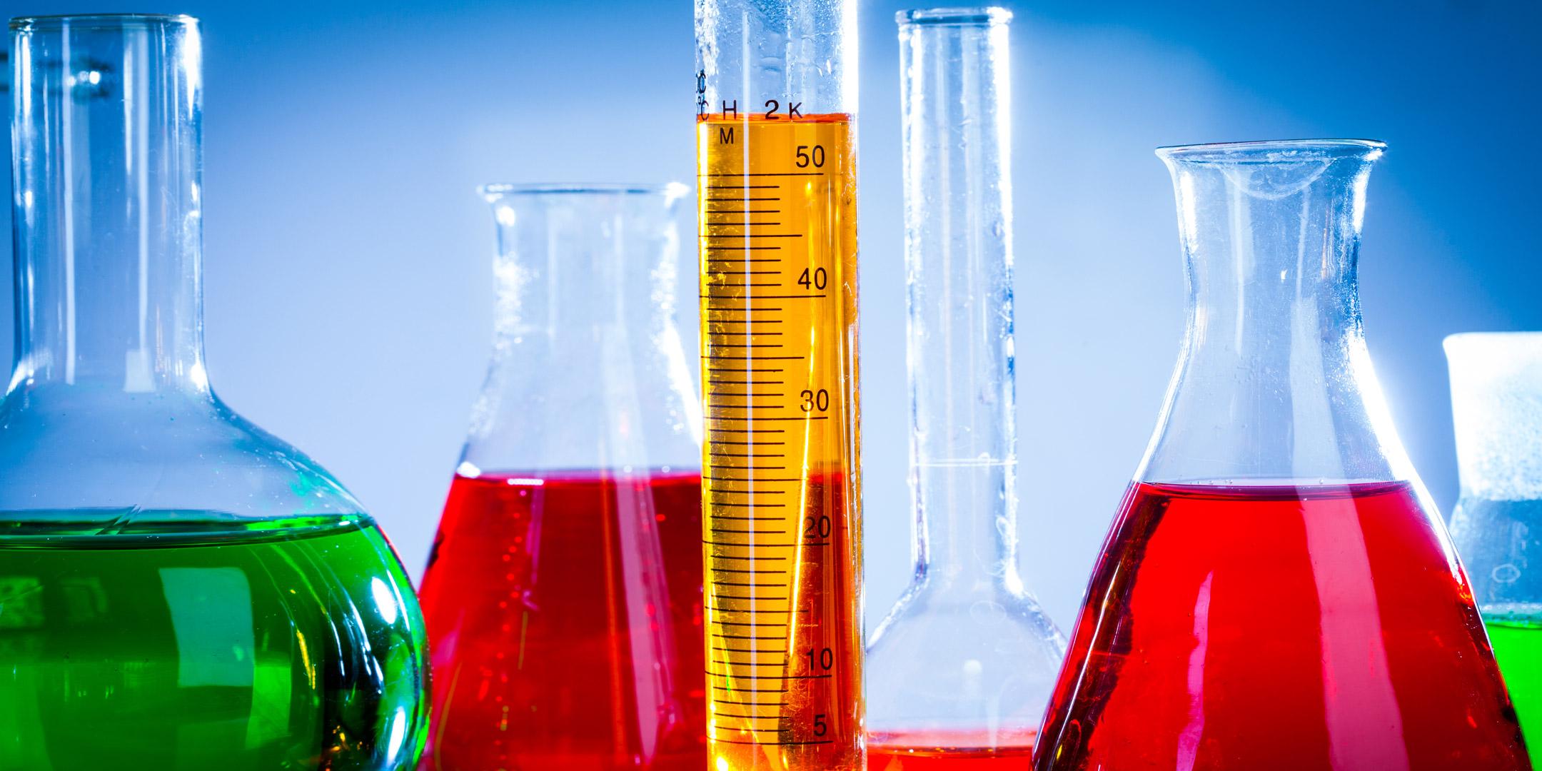 Het wetenschappelijke tintje achter merkkleuren - hero beeld|Het wetenschappelijke tintje achter merkkleuren - Rood tinten|Het wetenschappelijke tintje achter merkkleuren - Colours in culture|Het wetenschappelijke tintje achter merkkleuren - Pyramide van Mahnke